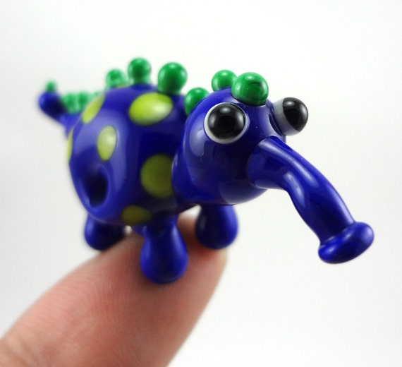 Lampworked Glass Creature Figurine Bead