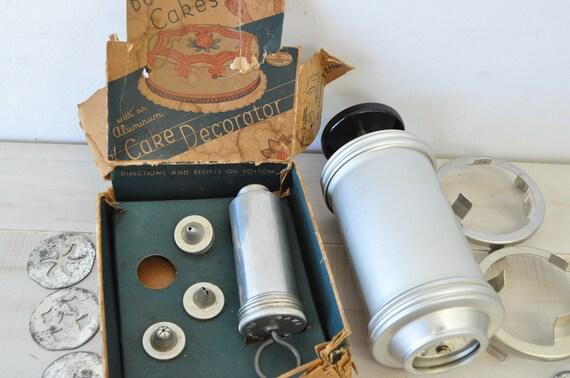 VINTAGE Cake, cupcake, cookie Decorator Kit--icing, frosting kit
