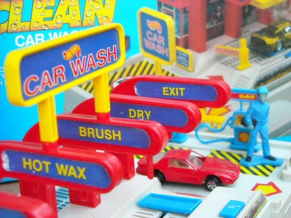 vintage hot wheels car wash. Black Bedroom Furniture Sets. Home Design Ideas