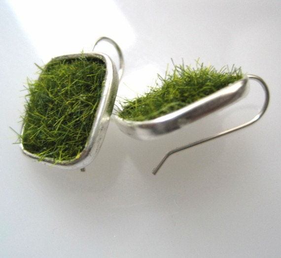 Lush Green Grass Silver Square Earrings