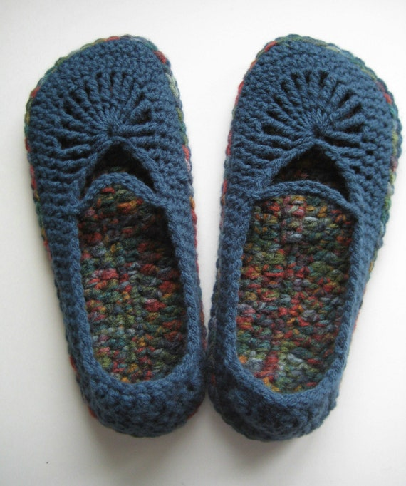 Womens Crochet Mary Jane Slippers Skimmers - Windsor Blue and Williamsburg Print - Extra Small
