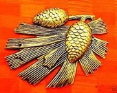 Pine cone brass stampings vintage brass stampings large pine cone embellishment wholesale lot