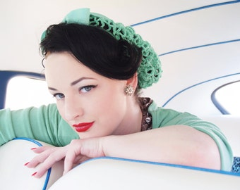 Hair Snood in Mint Green Crocheted from Vintage 1940's Design Retro Pinup
