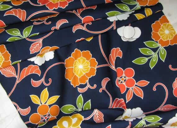 Vintage Japanese Kimono Silk Wool Mix Lovely Oriental Asian Flowers 60ins