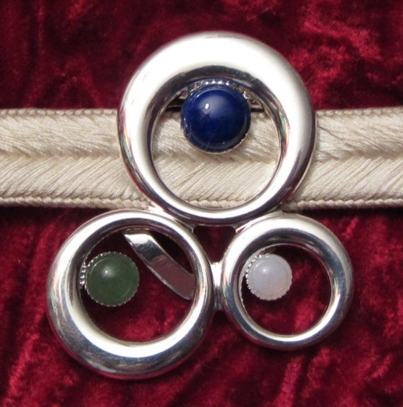Handmade Japanese Obidome Scarf Clip Obi Silver Plated Ring Gem Stone Cabochon Jewellery for wearing with a Japanese Obijime and Kimono
