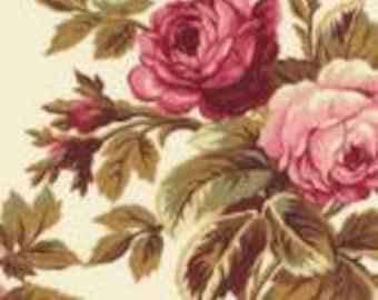 Roses de Noel Robyn Pandolph fabric