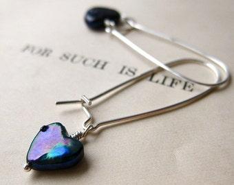 Midnight Earrings. Sapphire Blue Pearl Hearts