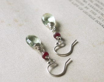 Acanthus Earrings - Silver - Green Amethyst - Ruby - Wire-wrapped