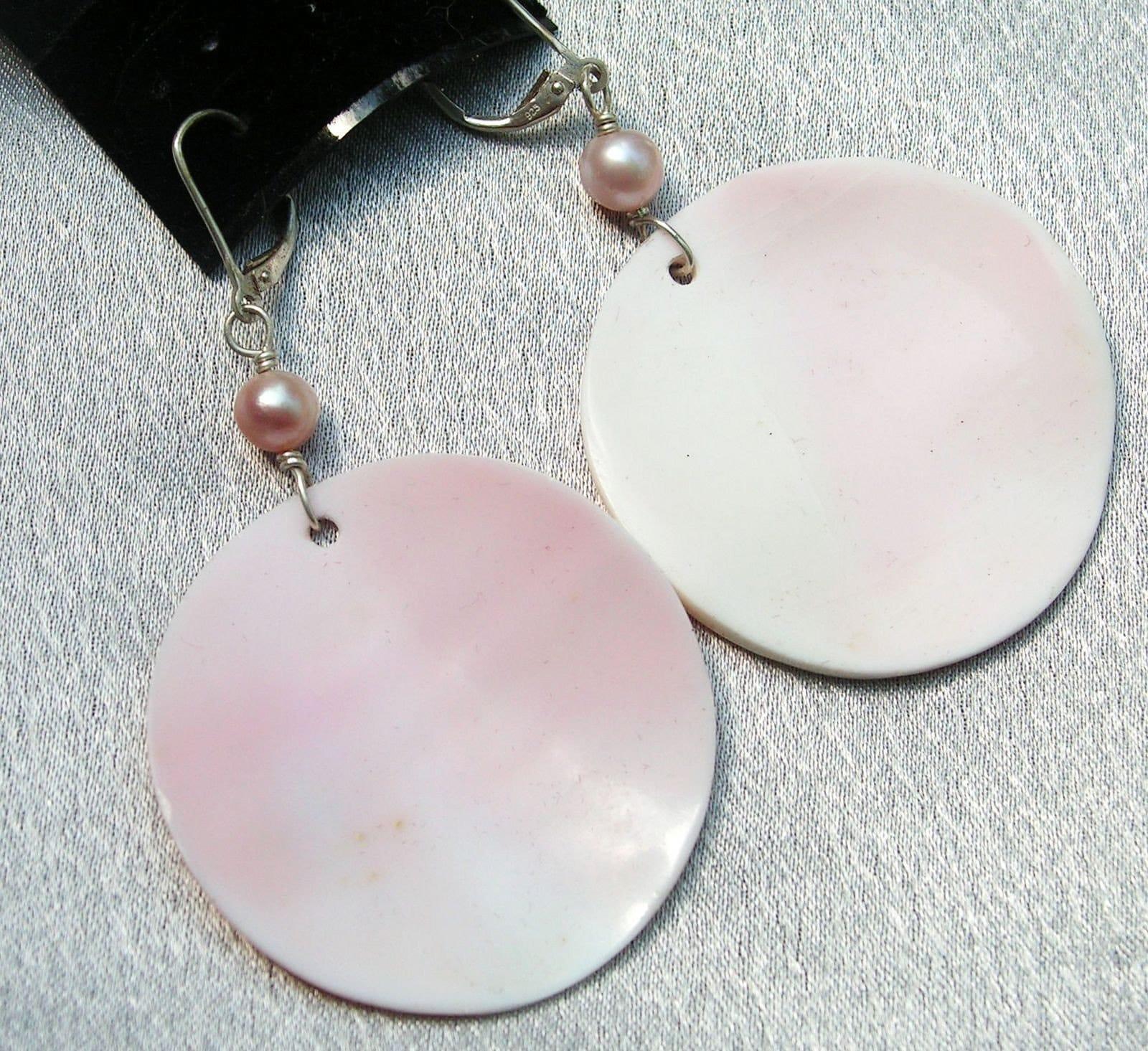 pink conch shell earrings