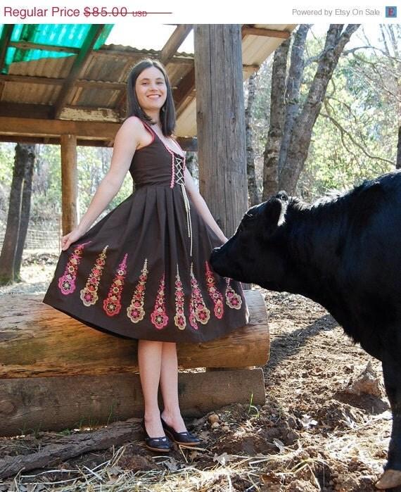 Vintage rose dirndl embroidered corset dress