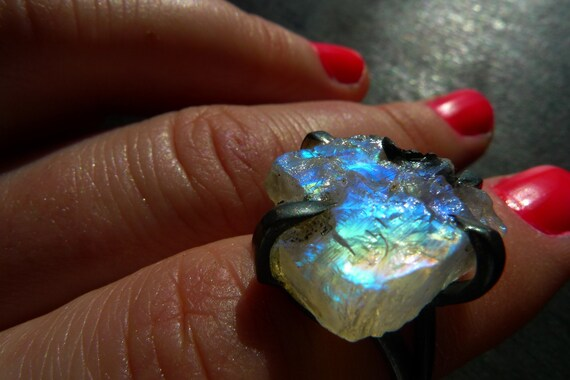 LUA. raw rainbow moonstone druzy Ring by Beijo Flor