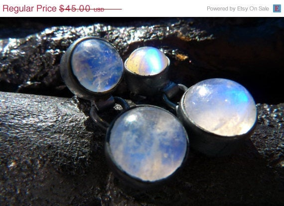 30% OFF - Rainbow Moonstone Earrings by Beijo Flor