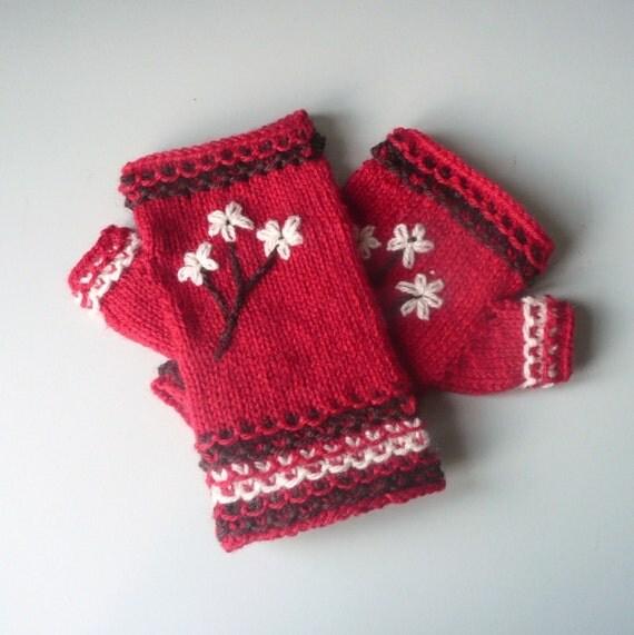 Fingerless Gloves Knitting Pattern Dk : Knitting PATTERN Fingerless GLOVES Handwarmers Blossom