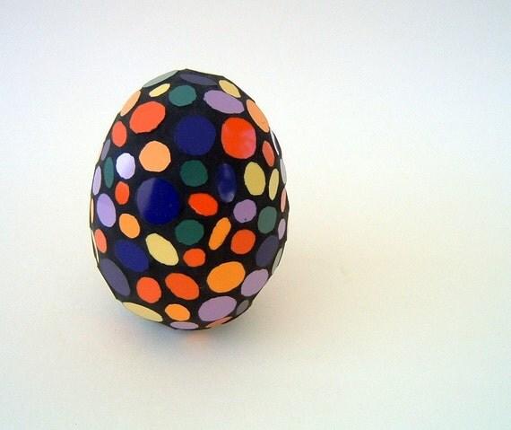 Multi colored circles mixed mosaic egg