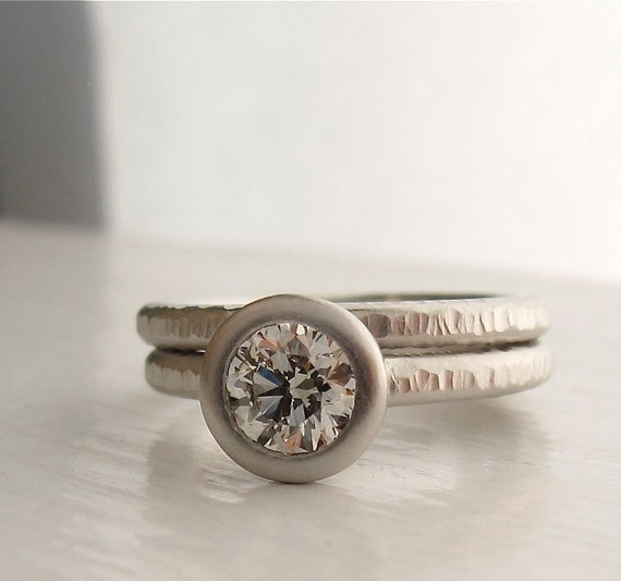 Platinum Pacific Ring, diamond engagment ring with wedding band