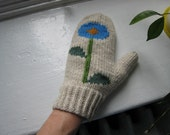 blue bloom mittens