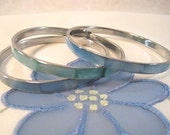 Great set of 3 vintage 70s Bangles- Faux Mother of Pearl Inlay 2 Sky Blue and 1 Green Blue
