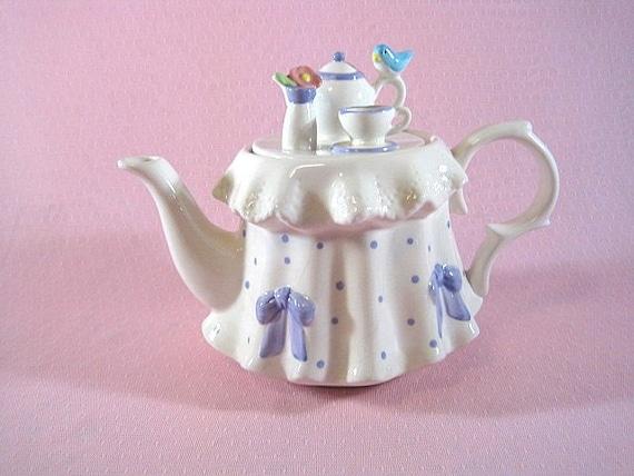 """Retro collectible teleflora gift """"Tea for Mom"""""""