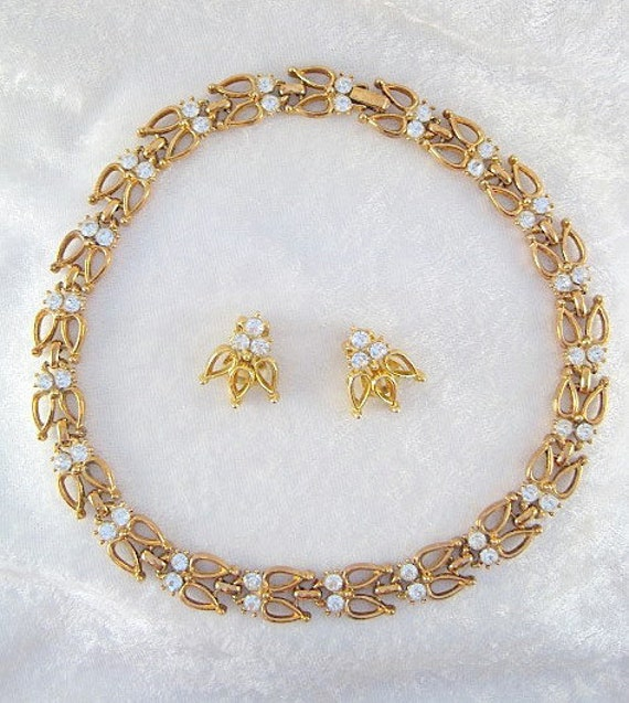 Goldtone and Rhinestone Necklace and Clip on Earrings