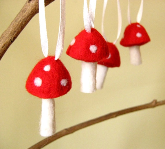 Needle Wool Felted Ornaments 10 Red Toadstool Mushroom -Home Decor - Easter - Christmas
