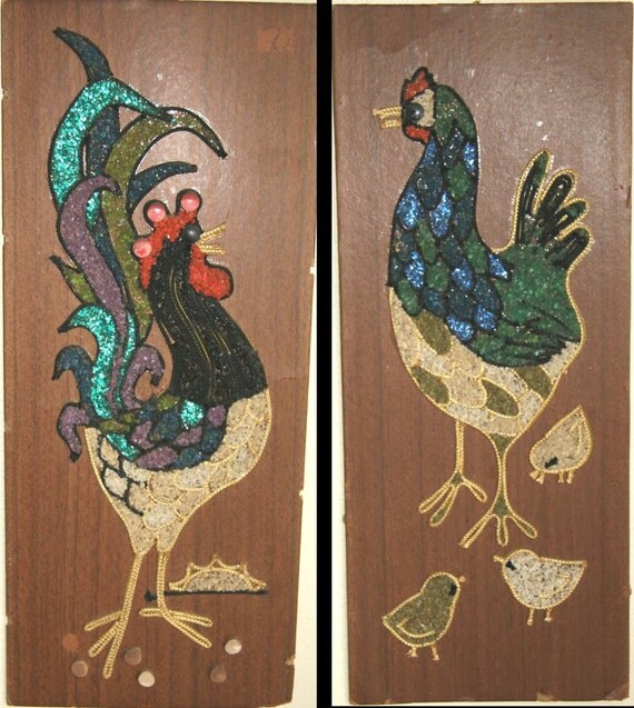 YARDBIRDS:  Tacky Pebble / Stone / Gravel Faux-Bois ROOSTER and HEN Plank Rectangular Wall Hangings