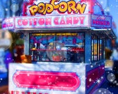 Colorful print carnival trailer hotdogs lemonade