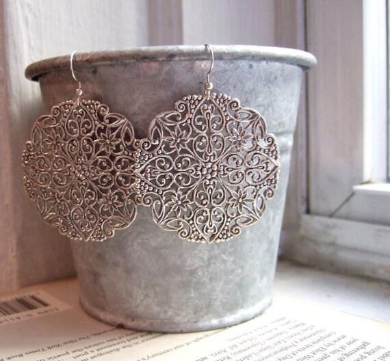 Chandelier earrings. Big silver earrings. Vintage fiigree. LACE