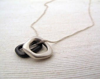 melt necklace