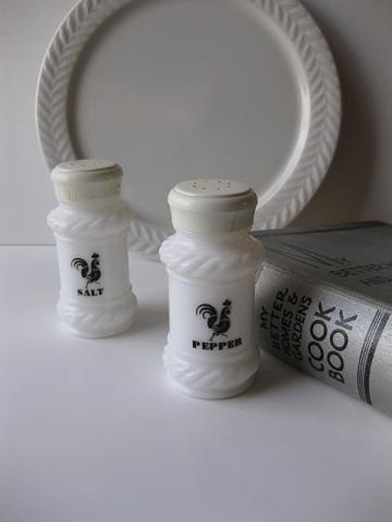Retro Milk Glass With Black Roosters Salt and Pepper Shakers