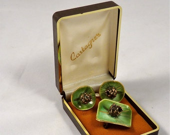 Ceramic Mid Century Modern Pin and Earring Set with a Pine Cone and Evergreen Design