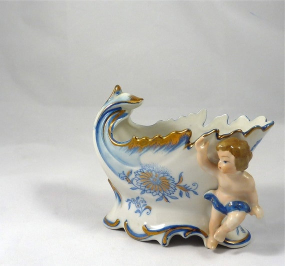 Vintage Planter or Dish with Cherub or Chile in Blue and Gold