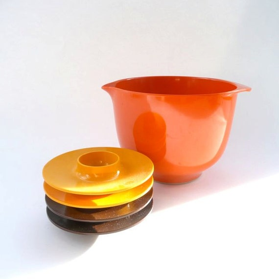 Rosti Mepal Orange Mixing Bowl and 4 Egg Cups
