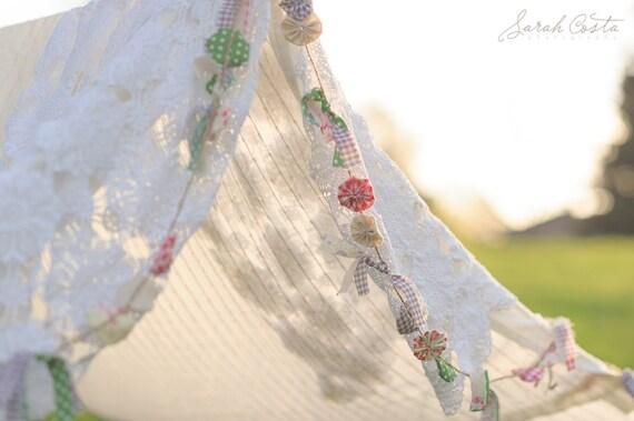 Sale Flower Yo-Yo & Fabric Garland- Photography Prop- Wedding Garland- Nursery Decor- Garden Party, hand sewn