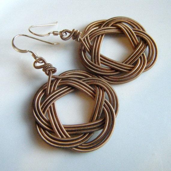 recycled guitar string weave earrings. Black Bedroom Furniture Sets. Home Design Ideas