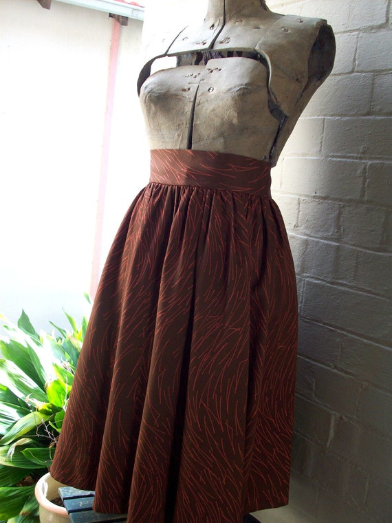 SALE // Enso Skirt, L, Chocolate - 50s style swing skirt made from Kimono