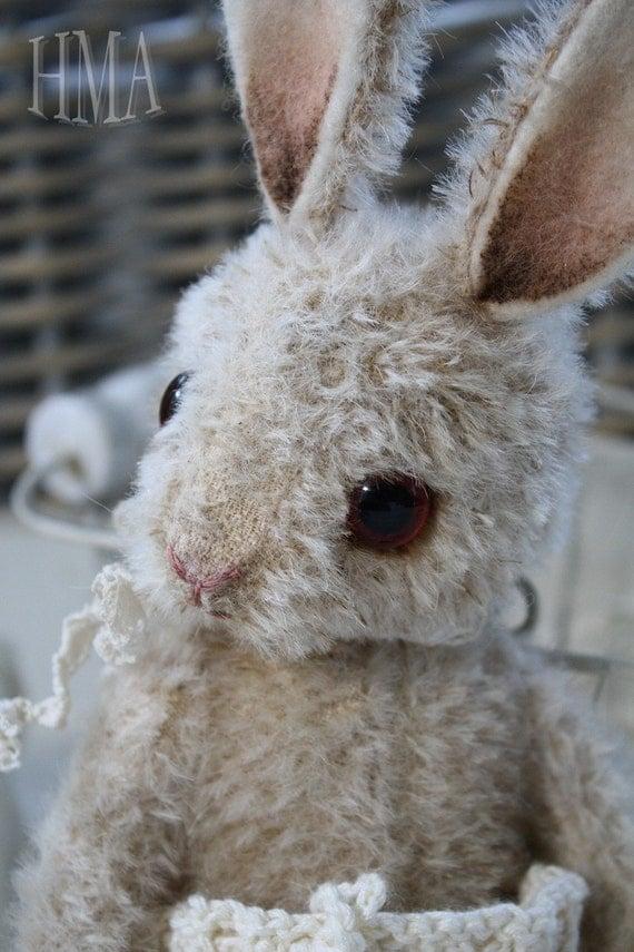 Pucka. vintage looking Hug Me Again Bunny by V. Galli
