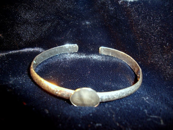 Strong hammered 925 sterling silver adjustable cuff bracelet blank or base - 1/2 inch glue pad or a bezel cup