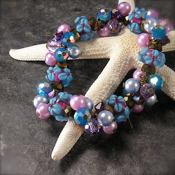 Forget Me Nots, Stretch Bracelet, Lampwork bracelet, Chunky charm Bracelet, pearl and crystal bracelet, lavender, purple, caribbean blue,