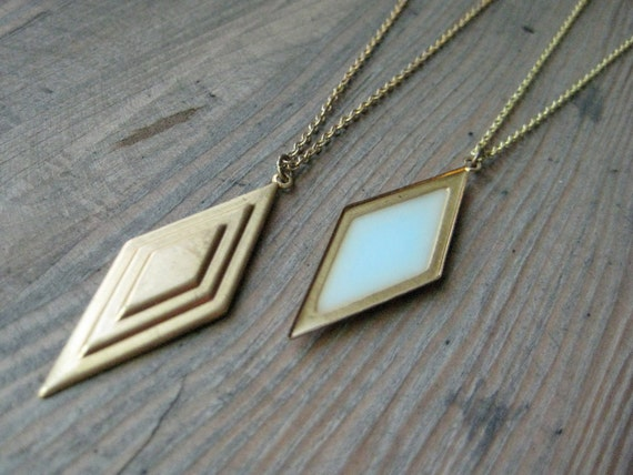 Reversible diamond necklace in brass and pastel blue