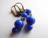 Navy blue drop earrings, Vintage royal blue glass earrings, midnight blue mod earrings