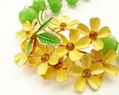 Vintage buttercup flower statement necklace yellow cluster blooms OOAK vintage brooch apple jade statement necklace