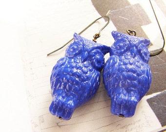 Owl dangle Earrings, drop earrings, sapphire owl dangle, indigo owl earrings, royal blue vintage Lucite cobalt blue owl earrings