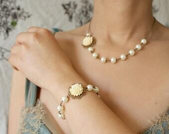 Bridal necklace, bridesmaid jewelry set, ivory flower wedding accessory custom bridal jewelry set wedding floral lace necklace