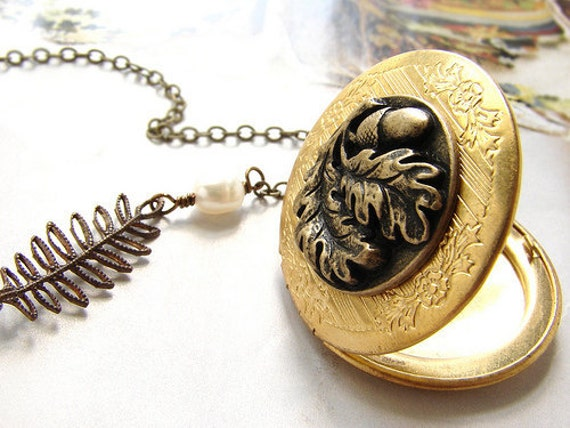 Oak tree acorn locket necklace, antique brass floral leaves pearls locket necklace, bridesmaid gifts