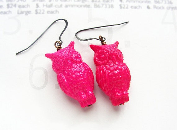 Hot Pink Owl dangle earrings, Valentines gift, magenta owl couple drop earrings, vintage Lucite owls, neon pink owls