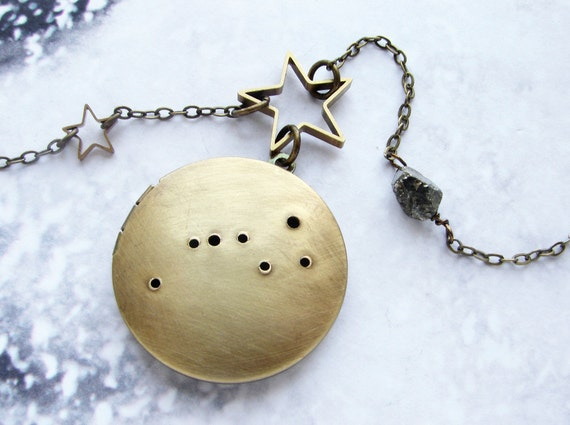 Big Dipper Constellation Locket Necklace, Personalized constellation Ursa Major Great Bear star long necklace true north jewelry