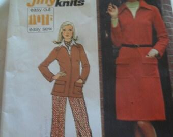 Vintage 1973 Uncut Simplicity pattern 5898 - Misses dress top and pants - size 14