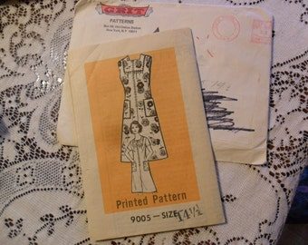 Vintage Ladies Dress pattern in size 14 1/2 - By GRIT Patterns - with 8.4 cent stamped envelope
