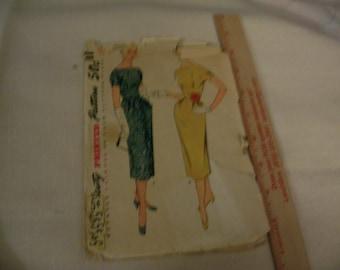 Vintage/antique Misses/ladies Simplicity Pattern 4633 - Uncut one piece dress Size 14 - bust 32