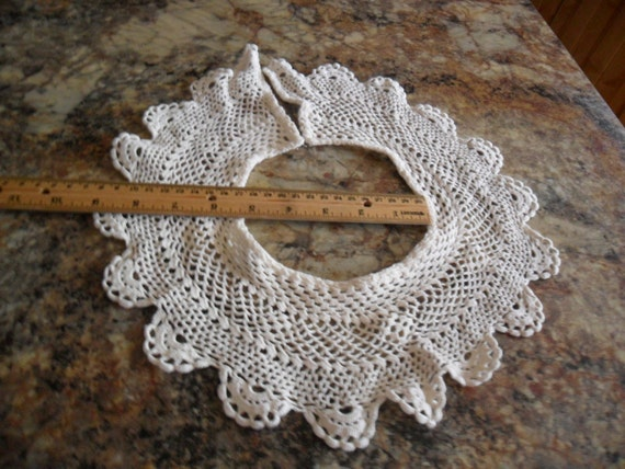Vintage Off White 100% Cotton crochet style Collar by Little Treasures
